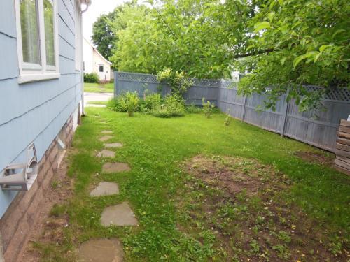 810 6th Street W Photo 1