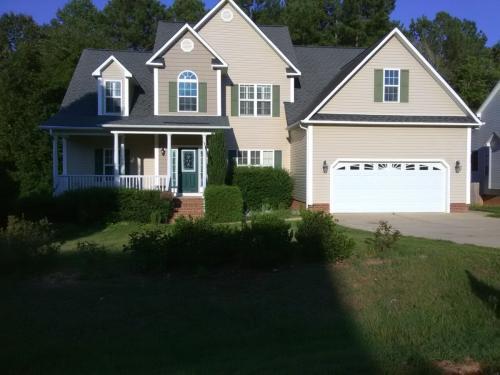 144 Great Oak Drive Photo 1