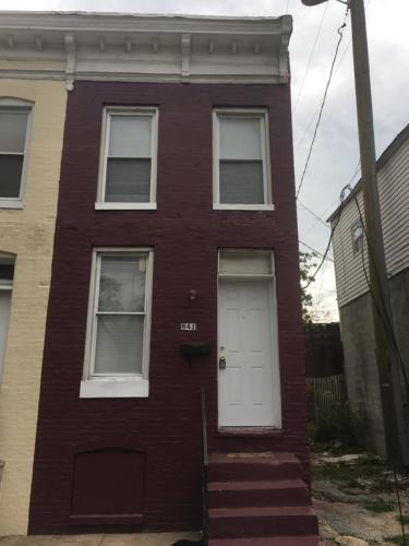 1841 Eagle Street Photo 1
