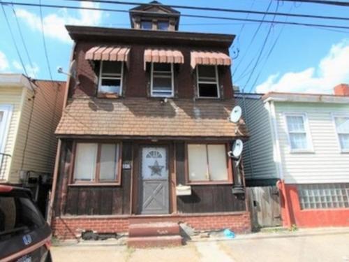 1328 Lowrie Street #1 Photo 1