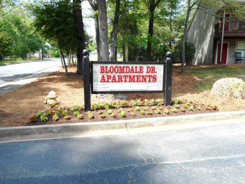 4115 Bloomdale Drive #25 Photo 1