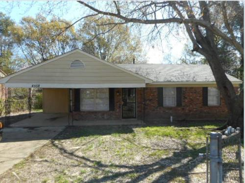 4558 Spring Valley Drive Photo 1