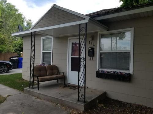 158 E Burton Avenue Photo 1