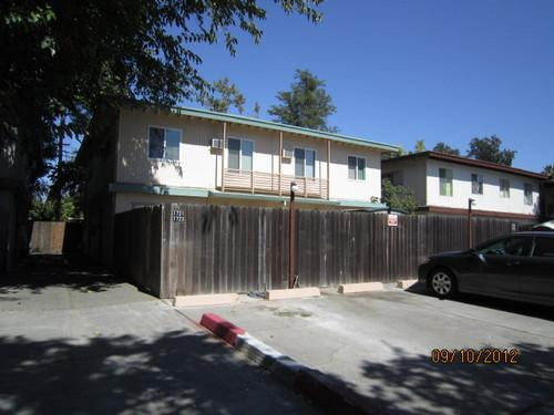1727 E 8th Street Photo 1