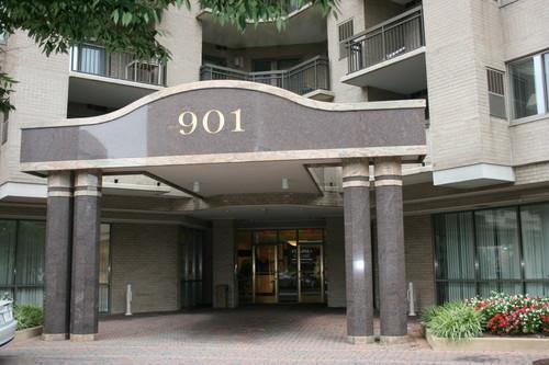 901 Monroe Street N #814 Photo 1