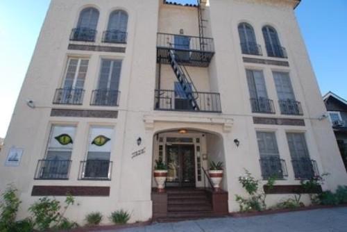 1828 Santa Ynez St Photo 1