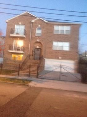 2 bedroom apartment for rent at Newark, NJ 1 Photo 1