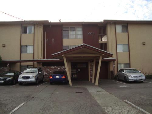 2328 Seminary Ave Photo 1