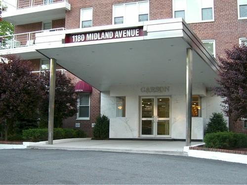1180 Midland Ave Photo 1