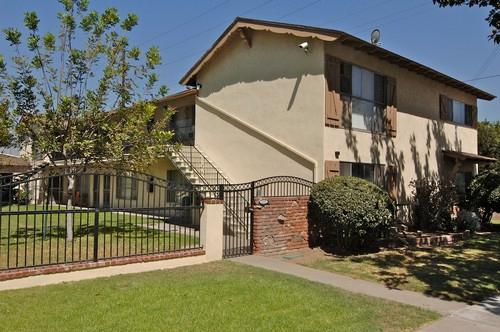 2325 and 2331 E Santa Fe Avenue Photo 1