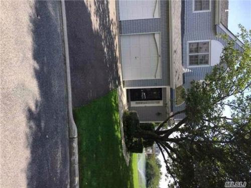 Kings Park Apartment Unit For Rent Updated 14h Ago 39 Lakebridge Dr S Photo 1