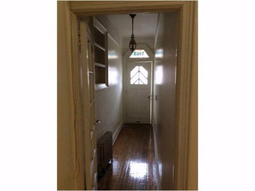 3 bed, $1,850 Photo 1