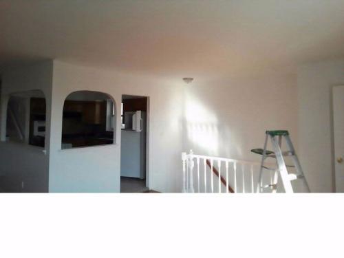 3 bed, $2,400 Photo 1