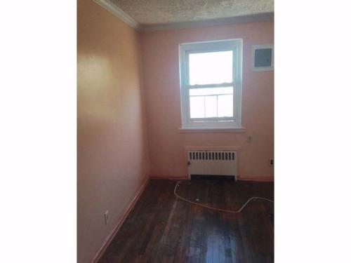 2 bed, $1,500 Photo 1