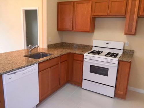 1 bed, $1,550 Photo 1