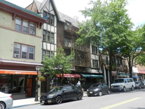 105 5th Avenue Photo 1