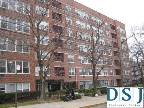 16215 Highland Avenue Photo 1