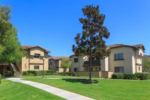 Rancho Alisal Apartment Homes Photo 1