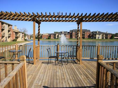 Hidden Lakes Apartments Photo 1