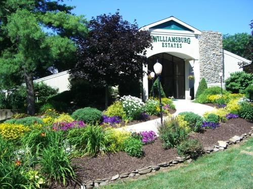 Williamsburg Estates Photo 1