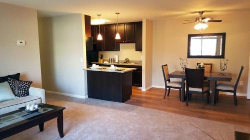 Liberty Hill Apartments Photo 1