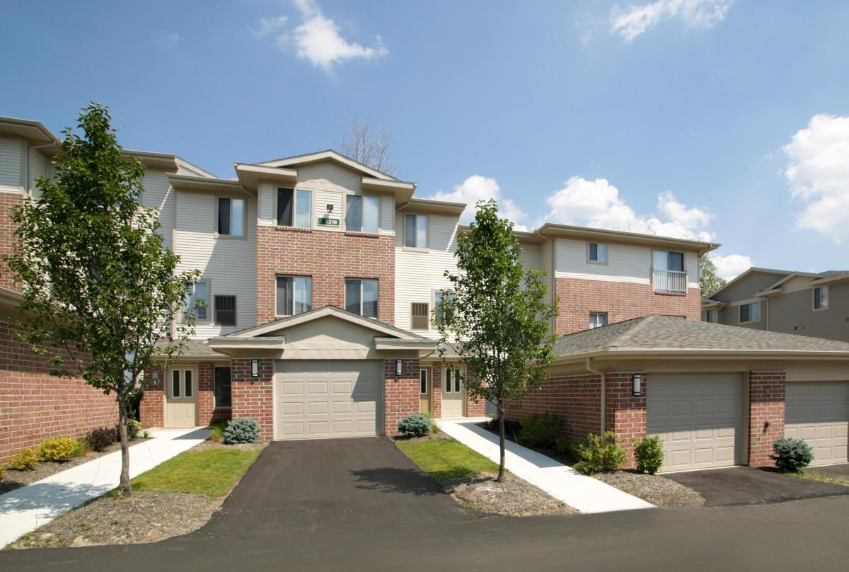 The Village At Pine Ridge Apartments Willoughby Hills Oh Hotpads