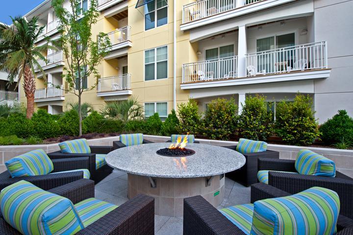 Summer House Apartments - Virginia Beach, VA | HotPads