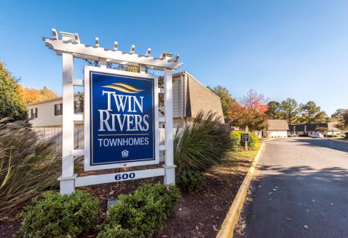 Twin Rivers Photo 1