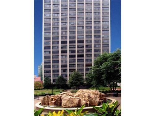 112 Washington Place Photo 1