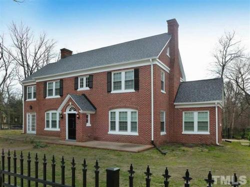 750 e franklin street chapel hill nc 27516 hotpads. Black Bedroom Furniture Sets. Home Design Ideas