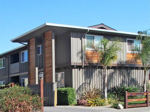 438 Ventura Avenue #2 Photo 1
