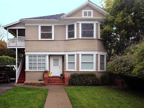 413 Forest Ave Photo 1