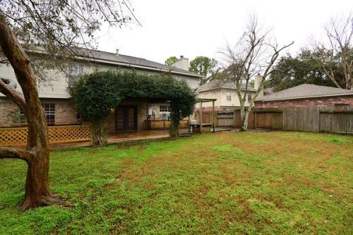 16014 Sweetwater Creek Drive Photo 1