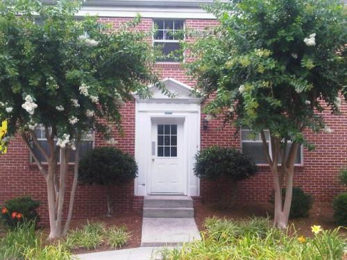1797 Piedmont Avenue Photo 1