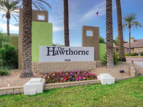 The Hawthorne Apartment Homes Photo 1