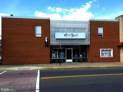 306 Main Street Photo 1