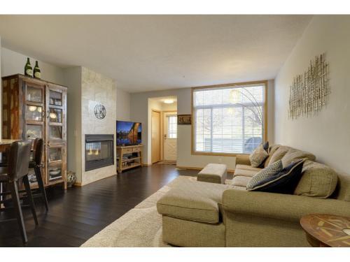 2255 Ranchview Lane N Photo 1