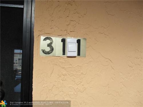 2821 Somerset Drive #311 Photo 1