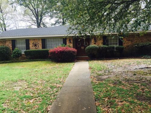 3204 Edgewood Rd Photo 1