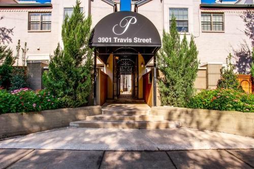 3901 Travis Street Photo 1
