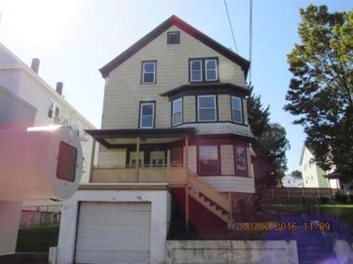 187 Osborn St #3 Photo 1