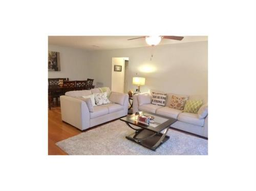 144 Beverly Hills Ter #F Photo 1