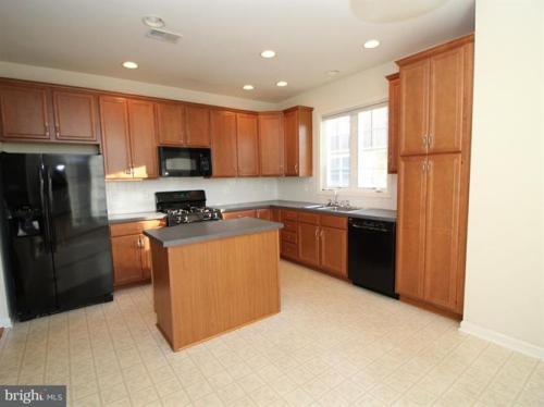 5610 Arrowfield Terrace Photo 1
