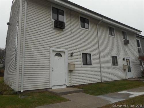 127 Sutton Place #127 Photo 1