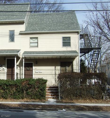 471 W Grand Avenue #2 Photo 1