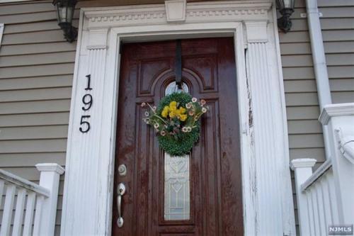 195 8th Street Photo 1