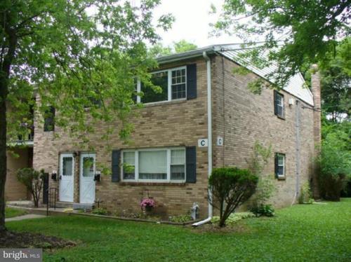 1294 Cooper Street Photo 1