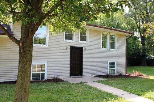 401 Sawyer Road Photo 1