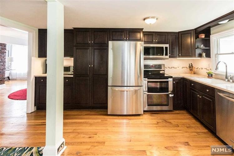 486 New Milford Avenue, Oradell, NJ 07649 | HotPads