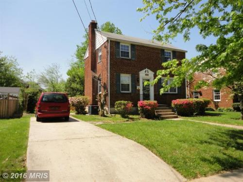 11710 Grandview Ave Photo 1